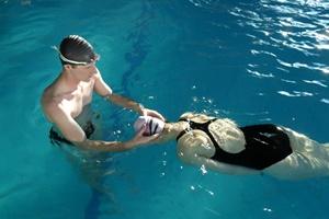 clase natación particular
