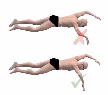como agarrar en natación
